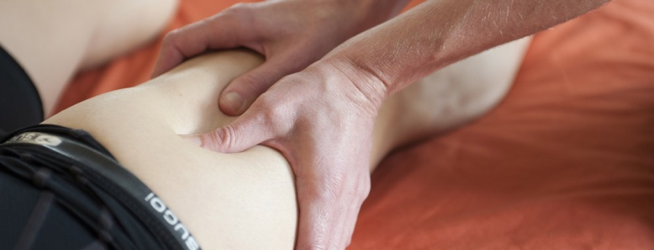 Image of sports massage for cyclist leg pain